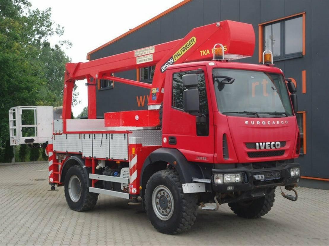 autohoogwerker vrachtwagen Iveco 110E22 Arbeitsbühne Palfinger BISON 19 2009