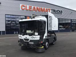 Veegmachine vrachtwagen Ravo 540 CD 2013