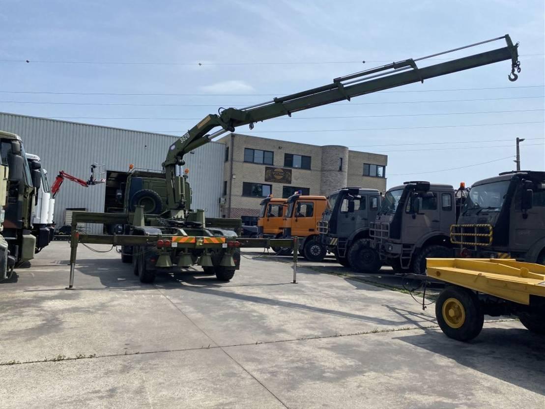 leger vrachtwagen Iveco Eurotrakker 260 Eurotrakker MP260E 37W 1996