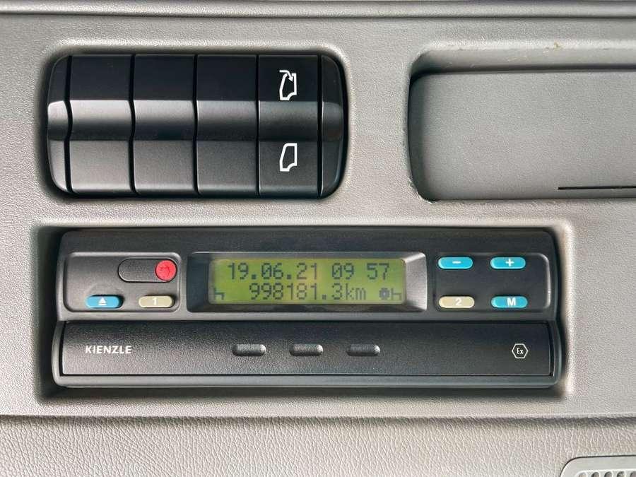 Mercedes-Benz - Actros 2544 ADR 20.800L 13