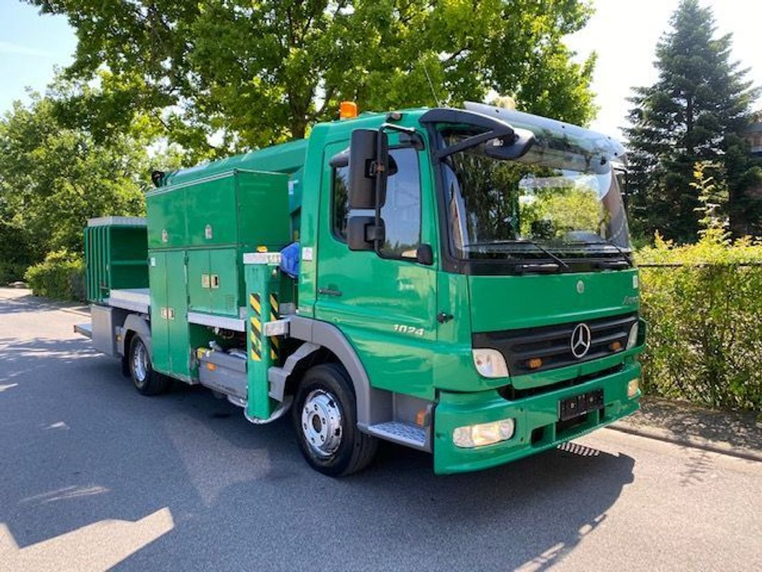 autohoogwerker vrachtwagen Mercedes-Benz Atego 1024 arbeitsbühne, 14mtr / Euro 5 2008