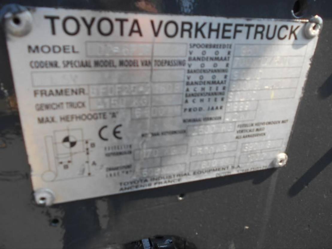 vorkheftruck Toyota 6FDF25 1999