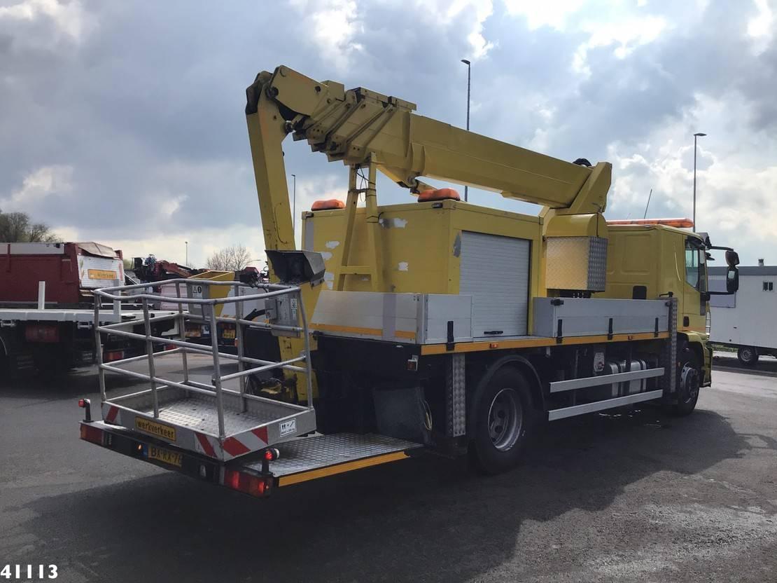 autohoogwerker vrachtwagen Iveco ML 190EL250 Tecchio 26 meter hoogwerker 2010