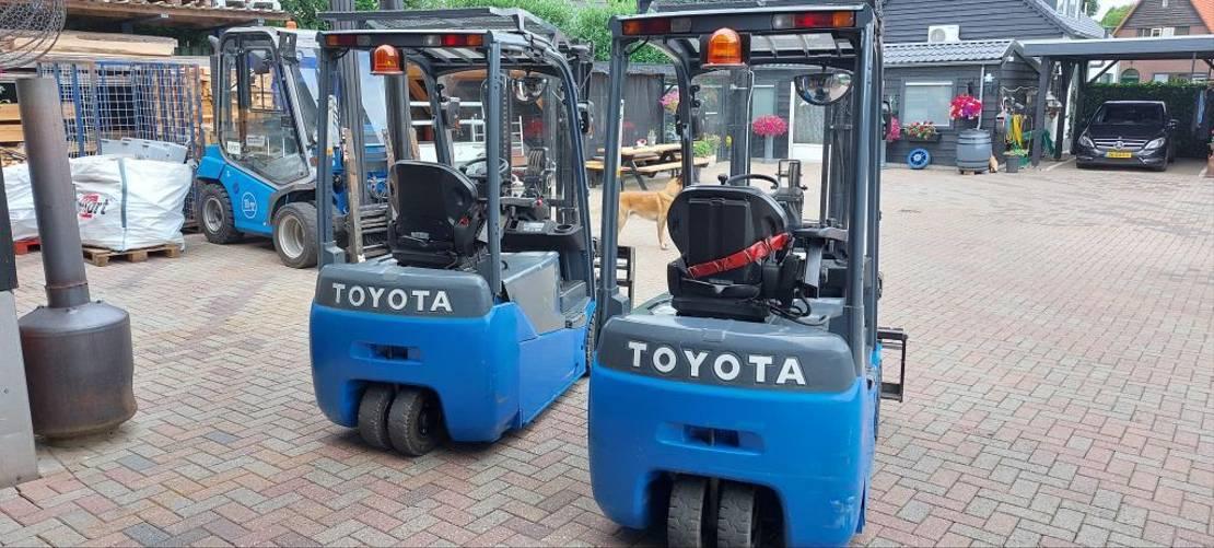 vorkheftruck Toyota 8FBET16 sideshift freelift en vorkenspreider bj 2013