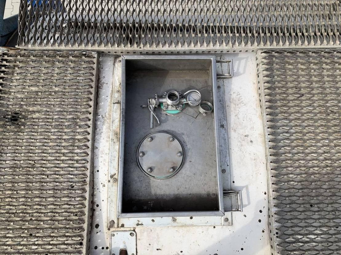tankcontainer Welfit Oddy 20FT TC, 26.890L, UN PORTABLE, T11, valid 5y insp.: 01-2022 2000
