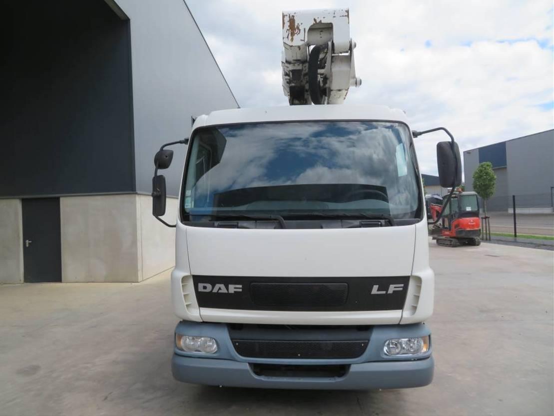 autohoogwerker vrachtwagen DAF .150 + bizzocchi KF260 2002