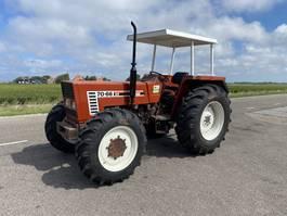 standaard tractor landbouw Fiat 70-66 DT 1987