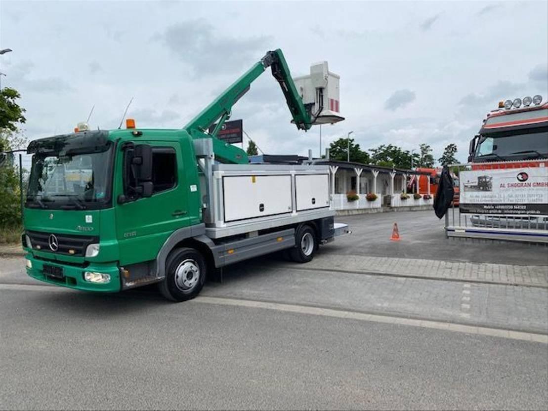 autohoogwerker vrachtwagen Mercedes-Benz Atego 818 arbeitsbühne, 12mtr / Euro 4 2007