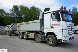 kipper vrachtwagen > 7.5 t Mercedes-Benz 3258 8x4 Tipper truck with crane Sleeves and 2014