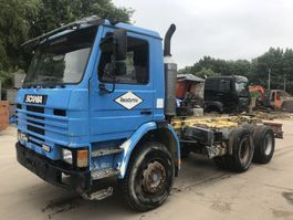 chassis cabine vrachtwagen Scania 93M 280 6x4 **MANUAL PUMP-FULL STEEL** 1995