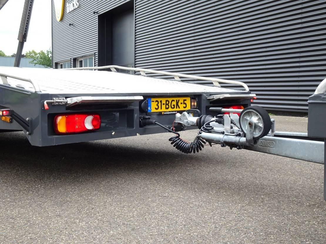 takelwagen-bergingswagen-vrachtwagen Renault AUTO TRANSPORTER + TIJHOF 8 mtr TRAILER 2012