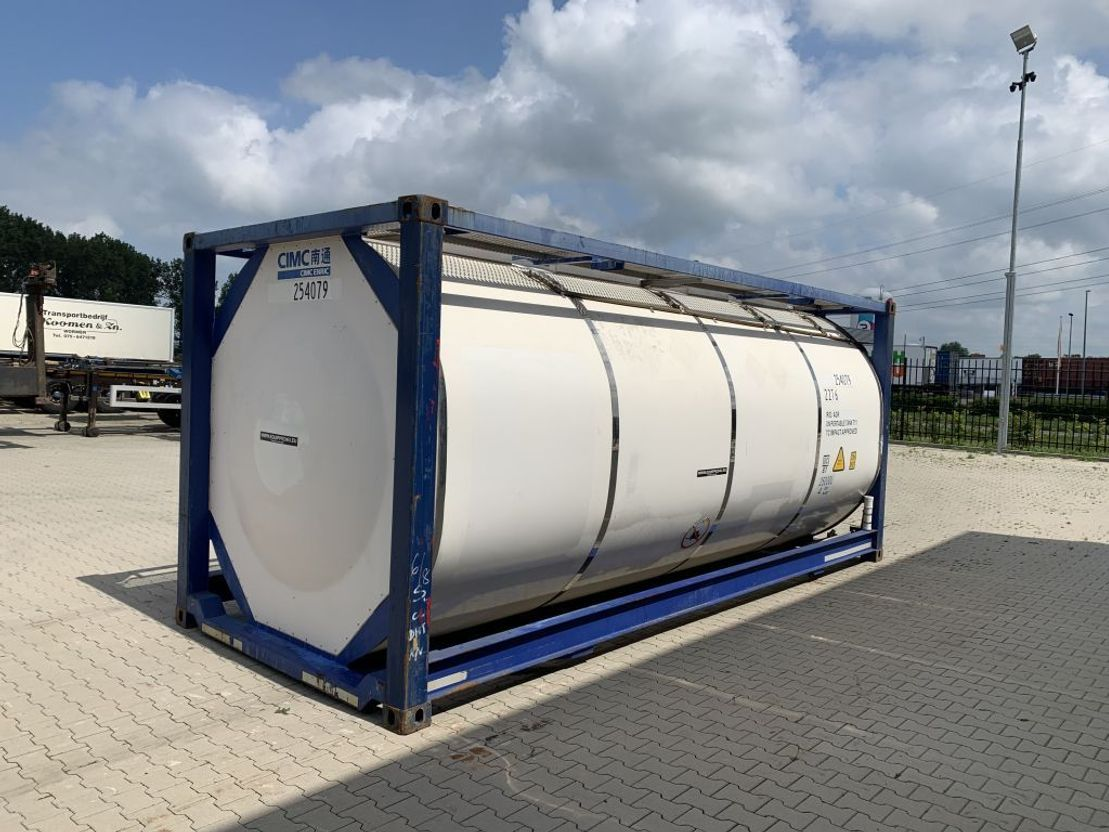 tankcontainer Diversen 3 baffels, 20FT, 25.080L, payload 32.050kg,  UN Port., T11, steam heating, bottom discharge, 5Y: 06/2022 2012