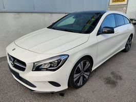 sedan auto Mercedes-Benz CLA 180 Shooting Break *benzine*automaat*sport*pano 2017