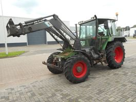 standaard tractor landbouw Fendt 390 GT 1991