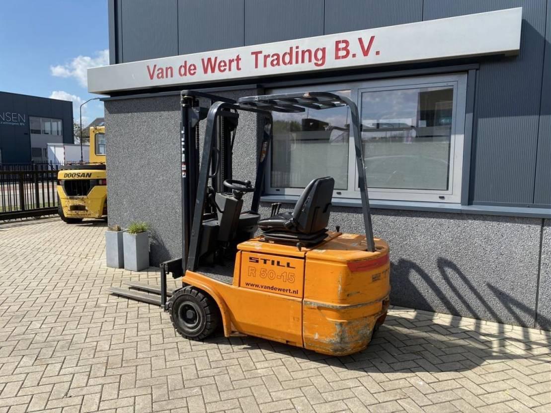 vorkheftruck Still R50-15 Triplo470 Freelift/Sideshift 2002 Elektrisch 2655uur Still R50-15 Triplo470 Freelift/Sideshift 2002 Elektrisch 2655uur 2002