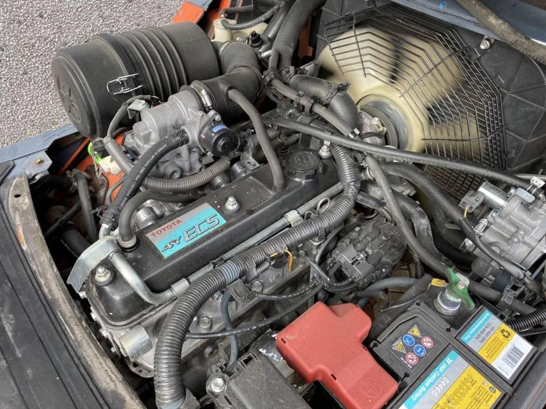 vorkheftruck Toyota 02-8FGF30 Duplo 400 Sideshift/4e functie 2009 LPG TOYOTA 02-8FGF30 Duplo 400 Sideshift/4e functie 2009 LPG 2009