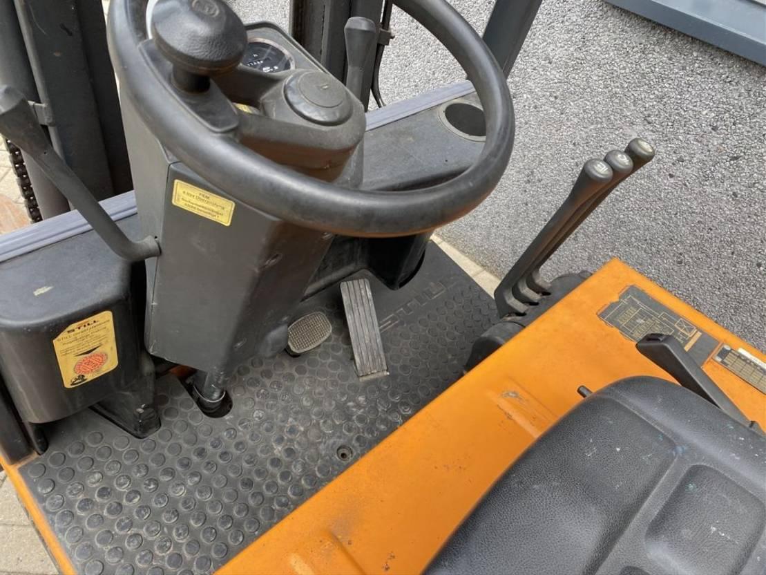 vorkheftruck Still R50-15 duplo350 sideshift met lader