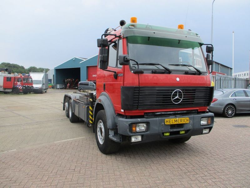 Mercedes-Benz - 2534 V6 EPS FULLSTEELSUSPENSION 1