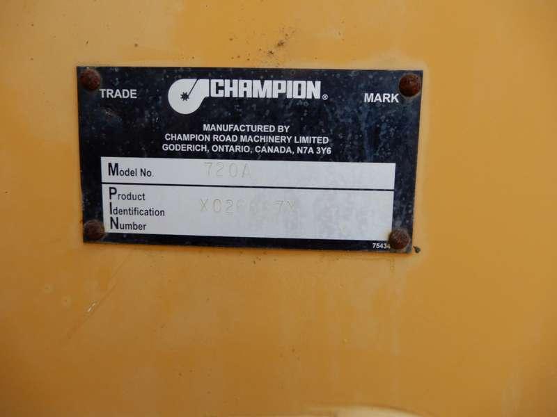 Champion - 720A 8