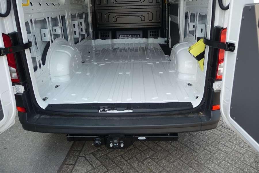 Volkswagen - Lang laag 177pk trekhaak *nieuw* 35 2.0 TDI L3H2 voorheel L2H1 3000kg tr... 13
