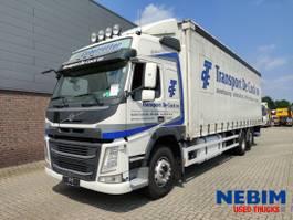 schuifzeil vrachtwagen Volvo FM 330 Euro 6 6x2 2014