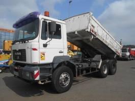 kipper vrachtwagen > 7.5 t MAN FE 2002