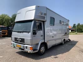 paardenvrachtwagen MAN L2000 L 2000 Manual Gearbox horsetruck APK/TUV 05-2022 1996