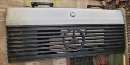 Grille vrachtwagen onderdeel Mercedes-Benz SK 1991