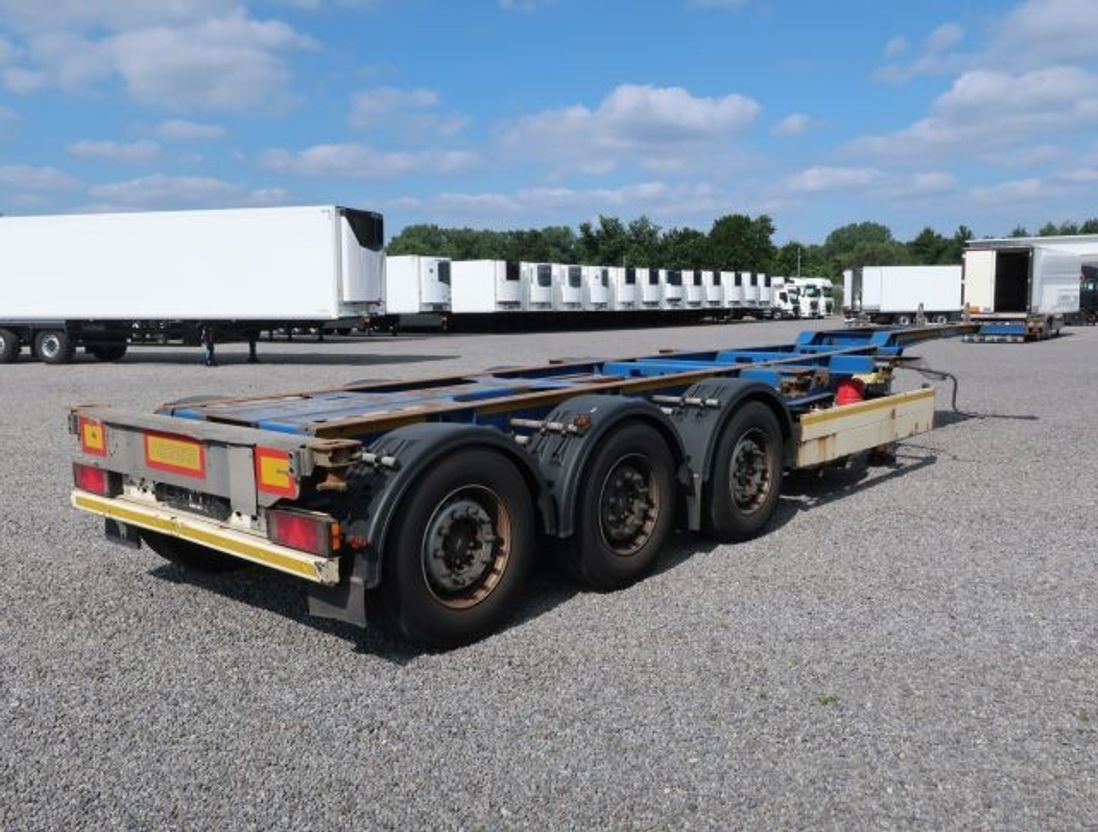 container chassis oplegger Schmitz Cargobull SCF 24G - 40 LX Liftachse Genset Thermo King 2013