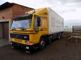 overige vrachtwagens Volvo FL10.320 Box 6x2 Manual In top condition Zustand 1997