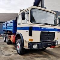 kipper vrachtwagen > 7.5 t MAN 26.321 1985