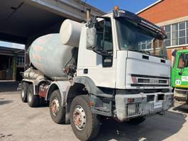 betonmixer vrachtwagen Iveco Eurotrakker 410
