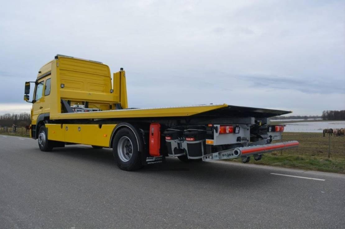takelwagen-bergingswagen-vrachtwagen Mercedes-Benz 1527 2021
