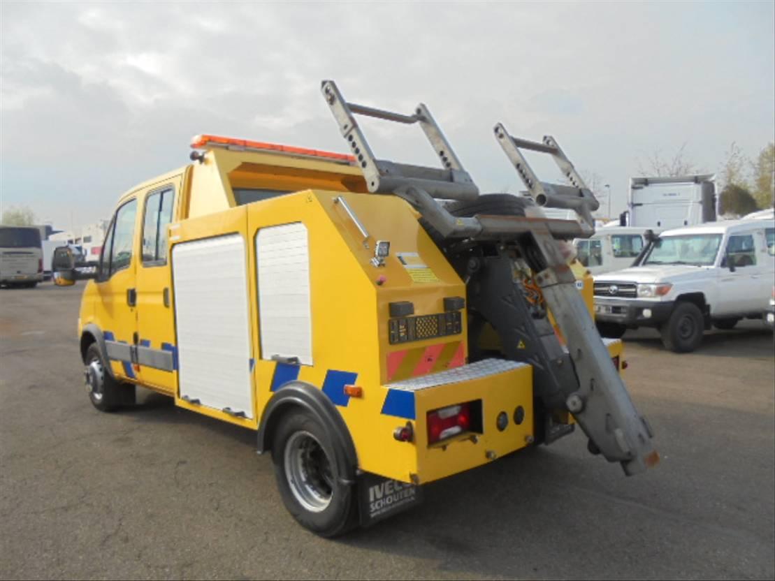 takelwagen-bergingswagen-vrachtwagen Iveco 65C13 2008