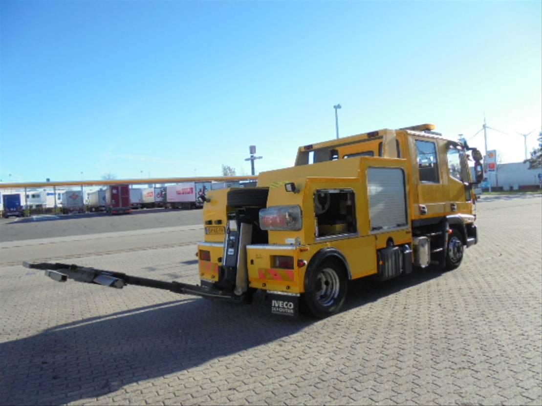 takelwagen-bergingswagen-vrachtwagen Iveco ML 80 E18D 2009