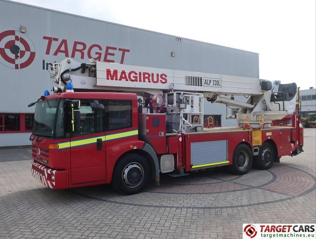 autohoogwerker vrachtwagen Magirus Mercedes Econic Magirus ALP320L Ladder Work Lift 3200cm 2002