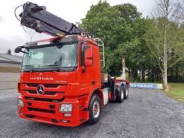houttransporter vrachtwagen Mercedes-Benz Actros 3360 -6x4-hiab crane-steel suspension-alcoa