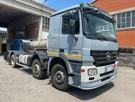 chassis cabine vrachtwagen Mercedes-Benz Actros 3244