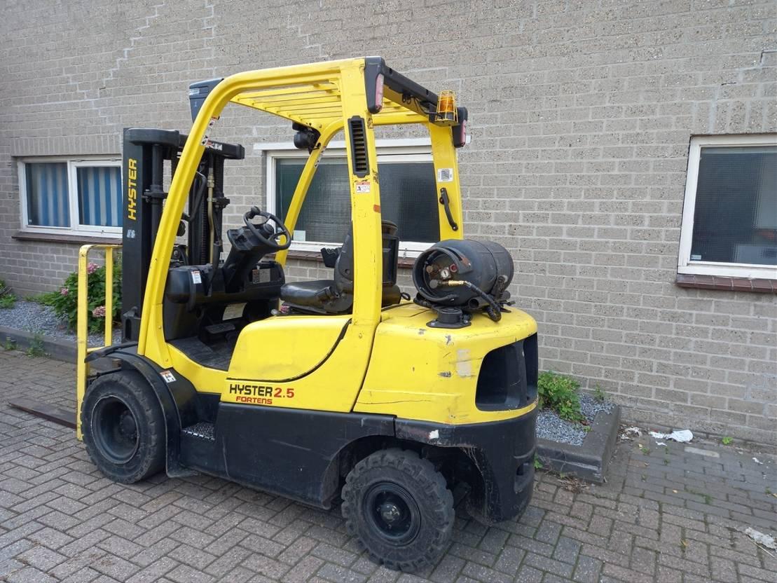 vorkheftruck Hyster H2,5 FT LPG Heftruck (BJ 2008) TRIPLO 2008