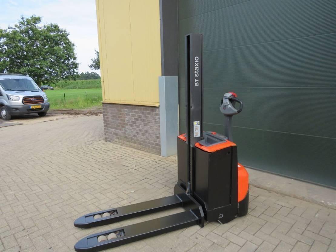 vorkheftruck BT SWE-080-L stapelaar elektrische zeer goed 2013
