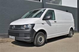gesloten bestelwagen Volkswagen 2.0 TDI L2H1 - Airco - Camera - PDC - € 14.950,- Ex. 2017