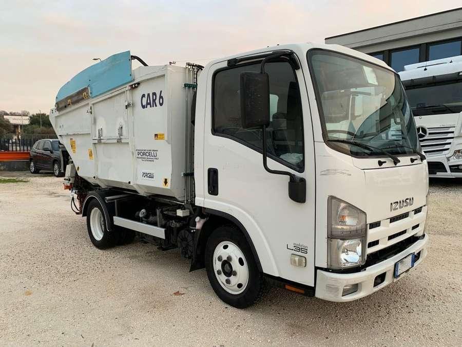 Isuzu - L35 N1R-85A 2