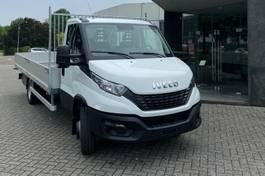 pick-up bedrijfswagen Iveco Daily 72 C18H wb4350 met open laadbak 2021