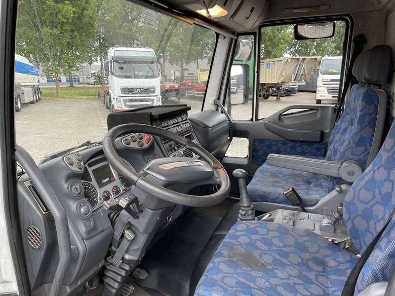 Iveco - E17 bakwagen plus laadklep 3