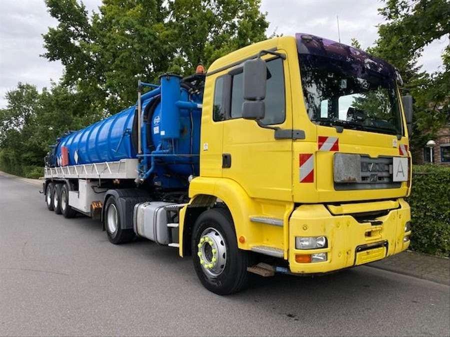 MAN - Saug- und Druckwagen/25000L 2
