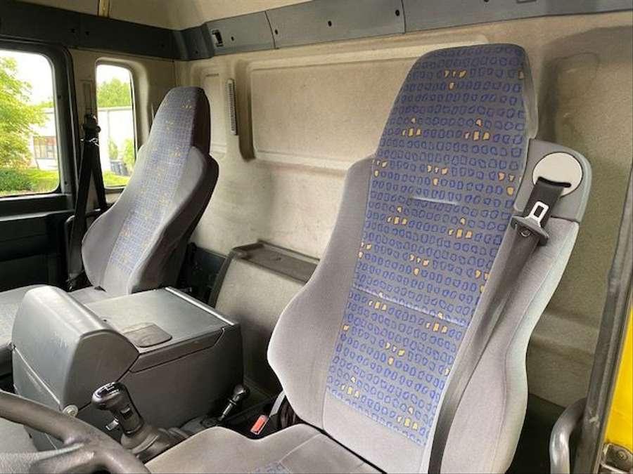 MAN - Saug- und Druckwagen/25000L 12