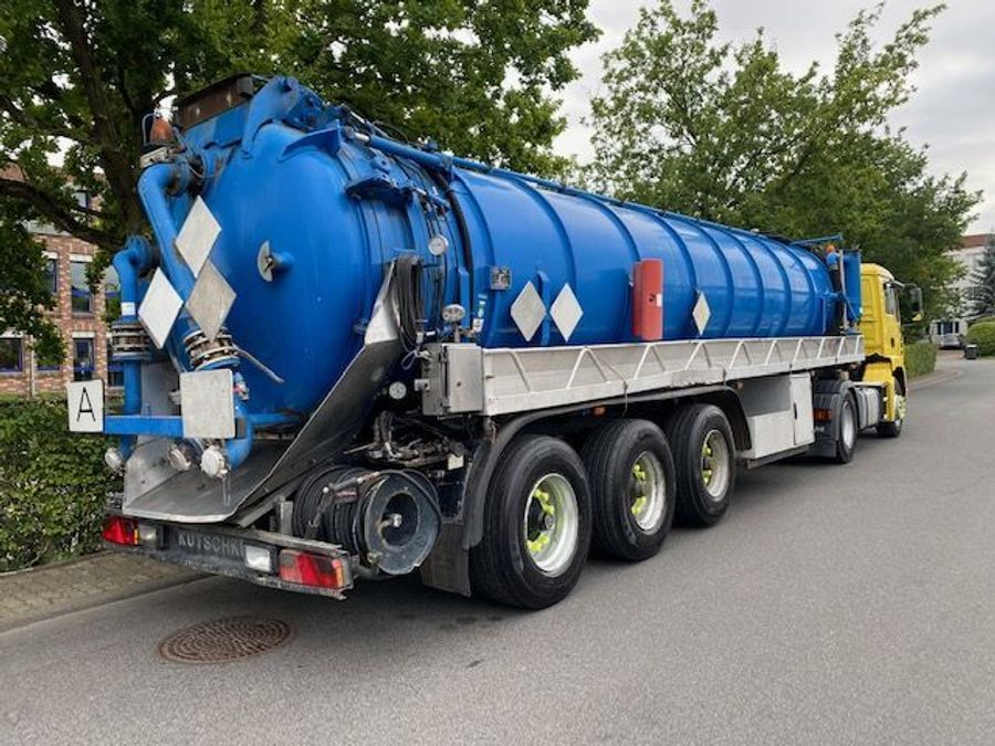 MAN - Saug- und Druckwagen/25000L 3