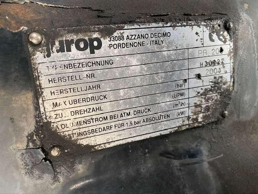 MAN - Saug- und Druckwagen/25000L 27