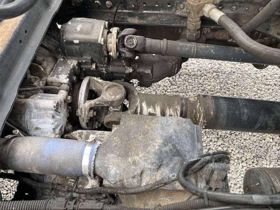 MAN - Saug- und Druckwagen/25000L 28