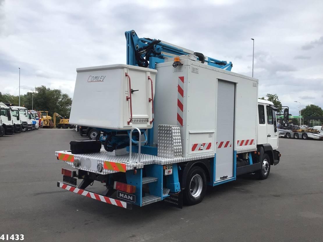 autohoogwerker vrachtwagen MAN 12.220 Comilev 17 meter hoogwerker + mobiele werkplaats 2004